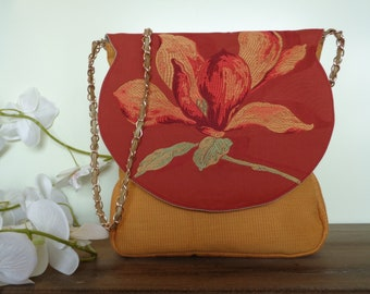 Embroided Red Vintage Flower Clutch