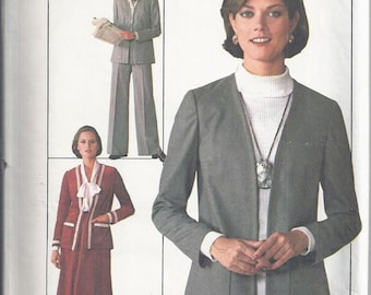 Simplicity 7786 Vintage Sewing Pattern from 1977.  Skirt, Pants,Vest.  Jiffy Pattern, Bust 34