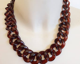 necklace - marbled amber plastic beads chain necklace