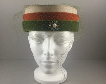 Vintage Pillbox Hat, 50's Pillbox Hat, 60's Pillbox Hat, Mid Century Pillbox Hat, Pillbox Hat, Jackie Kennedy Grace Kelly Audrey Hepburn Hat