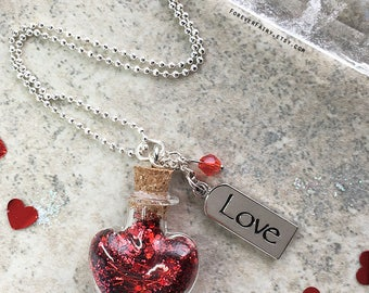 Valentine Necklace, Glitter Heart Necklace, Valentines Day Gift, Red Heart Necklace, Love Necklace Gift for Her, Girlfriend Gift Girl Gift
