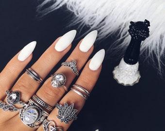 20 Pieces White Stiletto Glue On Nails