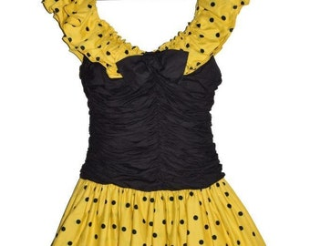 D_002) Vintage cheerful Polkadot dress