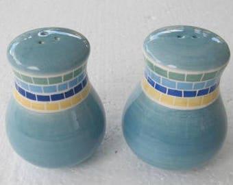 BRUSHES K.I.C. Hand Painted Salt & Pepper Set Collectible Dark Blue, Light, and Yellow Brick Pattern Stonemite