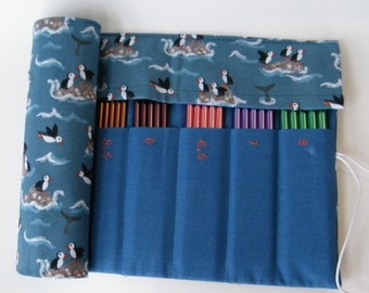 DPN Needle Case, Holds 2mm-8mm double pointed knitting needles. Puffin fabric.