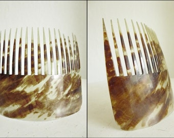 Victorian hair comb...CHARMANT!