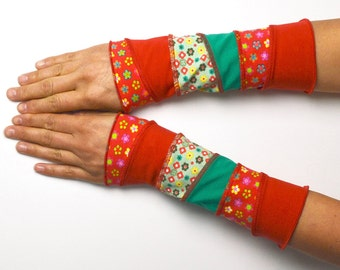 Mittens Arm Warmers Wrist Warmers red green patchwork cotton