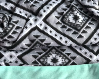 Mint and black Diamond Pattern Bundle Up Blanket