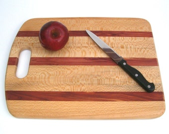 Wooden cutting board, handmade - sycamore and red cedar reclaimed wood, kitchen cutting board, reclaimed wood board, cheese board