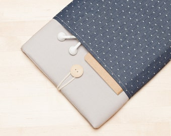 Macbook case  / Laptop sleeve  / 13 inch macbook air case, Macbook pro case, padded with pockets  - Blue dots in grey -