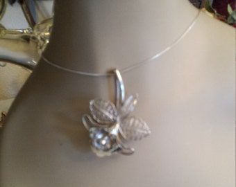 Sterling silver vintage pin - pendant with sterling box chain