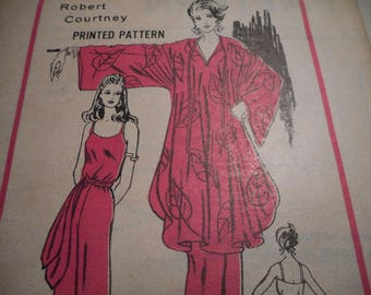Vintage 1970's Prominent Designer Robert Courtney Sewing Pattern Size 12 Bust 34