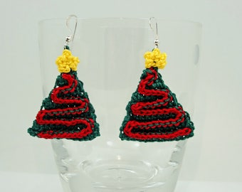 Christmas earrings, crochet christmas tree earrings, Christmas holiday earrings, gift for her, Christmas gift
