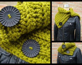 Cowl Scarf Crocheted in Custom Colors - Sorority Colors available - Crochet Scarf- Scarf with Buttons - Winter Scarf - Neckwarmer