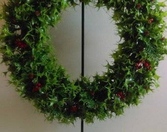 "Vintage 20"" Christmas Wreath."