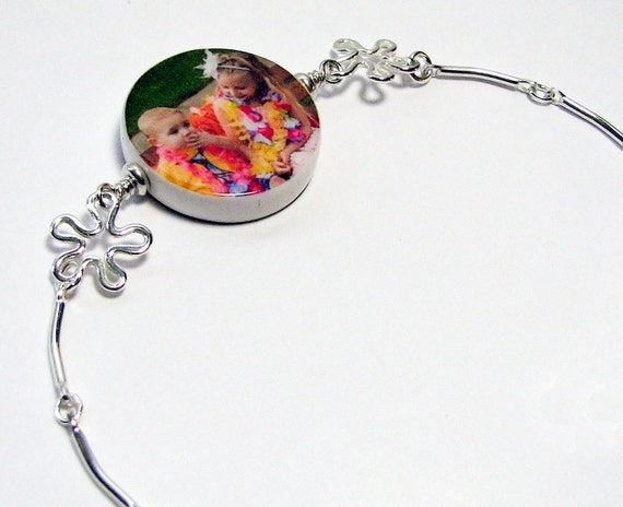 Sterling Charm Bracelet with a Round Photo Charm - P15B9