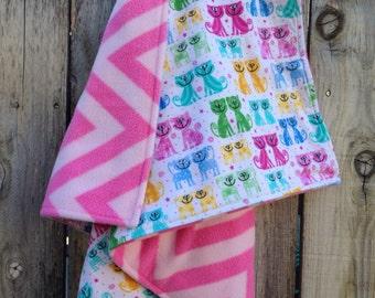 Modern baby blanket - Baby girl blanket - Kitty cat baby blanket - Pink chevron baby blanket - Flannel cat baby blanket