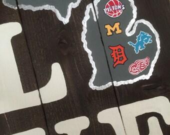 LOVE Detroit Sports Wooden Sign