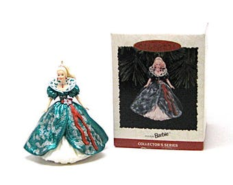 1995 Barbie Keepsake Ornament,Holiday Barbie,vintage barbie,Hallmark collectables,Gift Idea,Collectible Barbie ornaments,Christmas ornaments