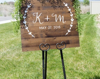 Wedding Sign, Custom Wedding Sign, Custom Wedding Date and Names, Rustic Wood Wedding Sign - Wreath Collection