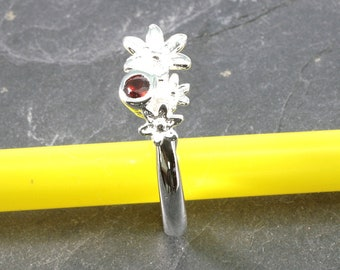 Garnet and 925 sterling silver, ring -6258