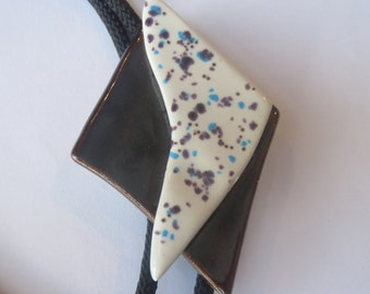 Handcrafted  Artist Abstract Black White Porcelain Pieces  Bolo Tie  IC Lot 6