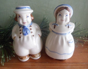 Large Shawnee Jack And Jill Salt and Pepper Shakers    (T)