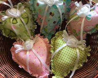 Cottage chic decor, country cottage chic, heart decor, cottage chic, bowl decor, bowl fillers, pillow tucks, hanging hearts, stuffed hearts