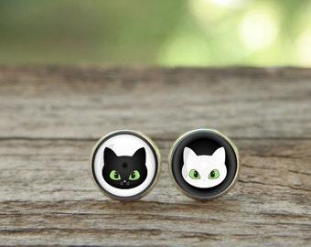 Cute Cat earrings, Black and white Earring, Cat studs, Cat face, black and white cats, Christmas Earrings, Glass Earrings, Christmas gift