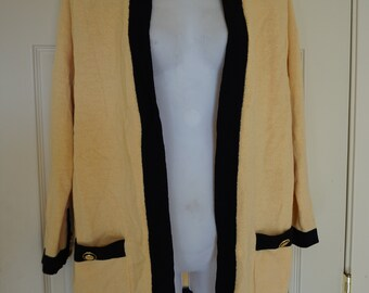 Vintage ST JOHN Sportswear heavy knit sweater yellow with black trim size Small 90s 1990s