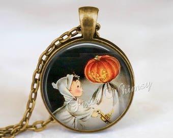 RETRO HALLOWEEN GHOST Necklace or Keychain, Halloween Pendant, Pumpkin Necklace, Jack O Lantern, Jol, Ghost Pendant, Halloween Keychain