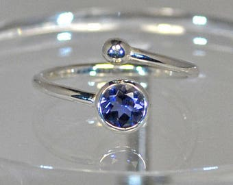 Sterling silver ring with iolite setting