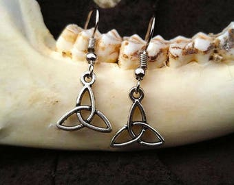 Celtic Triquetta Earrings LARP Pagan Gift