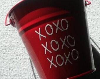 Valentines bucket