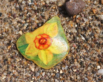 Floral Sea Glass Brooch Yellow