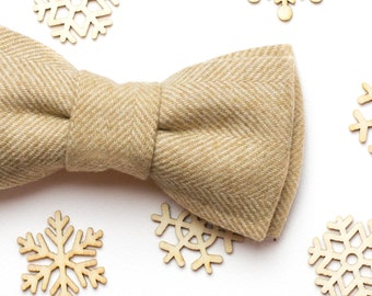 Christmas gift For Boyfriend Mens bow tie Light Beige Tweed bow tie Holiday gift For men Valentines day gift Gift for him Wedding bow tie