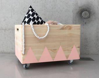 Wooden toy box rolling triangel Scandinavian design for Kid-Rooms - PINK