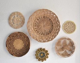 set of 6 woven wicker rattan seashell trivets wall hanging baskets