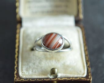 Vintage Agate Cabochon Silver Ring, Full UK Hallmarks, Size L, 925, Perfect Gift or Treat!