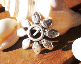 4pcs 5mm flower slider, slider bead, silver beads, bracelet sliders, bracelet findings, jewelry sliders, focal pieces, flat leather sliders