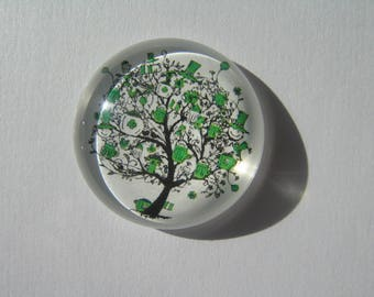 large cabochon 30 mm round with a green tree image