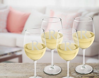 Set of 4 Personalized White Wine Glasses - Personalized Wine Glasses - White Wine Glasses - Personalized Wedding Gifts - Wine Glasses