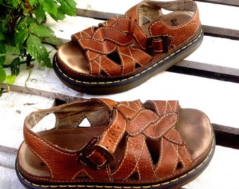 DOC MARTINS VINTAGE Brown leather Strapped Distressed Funky,Hippie,Sandels  size mens 8