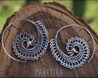 Spiral hoop earrings. Silver plated. Tribal spiral earrings. Spiral earrings ethnic style.