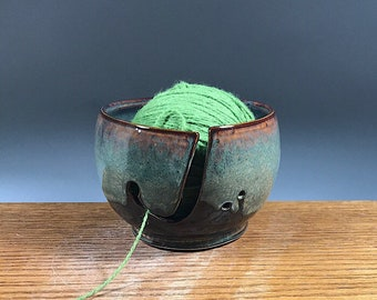 Yarn Bowl , Pottery Yarn Bowl , Knitting Bowl , Yarn Storage Bowl , Yarn Bowls , Ceramic Yarn Bowl