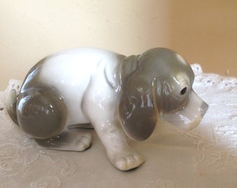 "Adorable Vintage Beagle Sad Puppy Figurine- 5"""