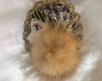 Vintage Flapper Girl Brooch Pin -349 V