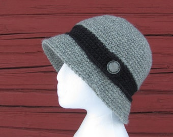 Woman Crochet Cloche Hat, Vintage Style Hat, Hat with Button, Gift for Her, Spring Autumn Hat
