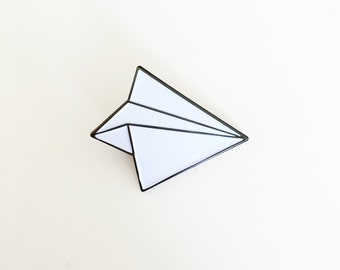 Papier Flugzeug Emaille Pin - Papier Flugzeug Brosche