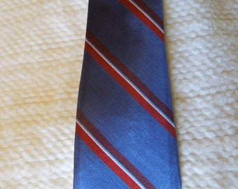 """Wembley 50"""" long, vintage 100 % silk necktie, Blue, red, white stripes, men's accessories, prof. cleaned, pressed,"""